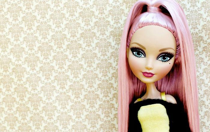Базовая кукла Дарлинг Чарминг.