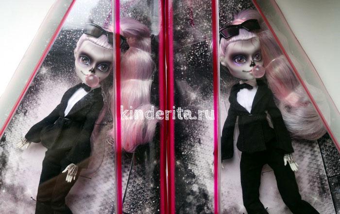 Леди Гага в образе Зомби.