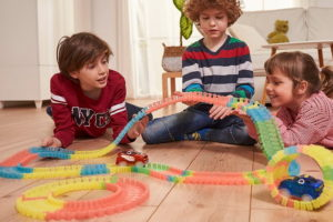 Magic Tracks — гибкая трасса для детей и взрослых