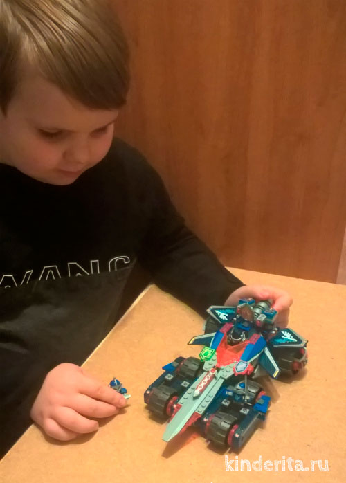 Конструктор Lego Nexo Knights.