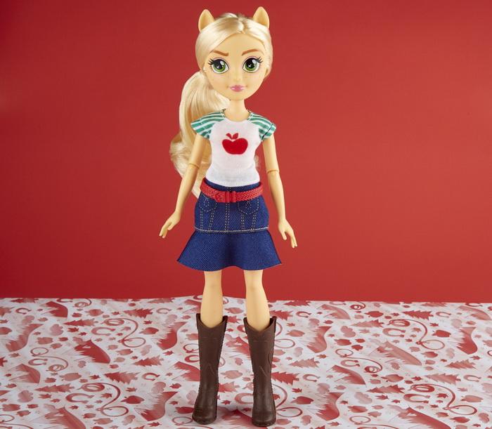 Новая кукла Эпплджек.