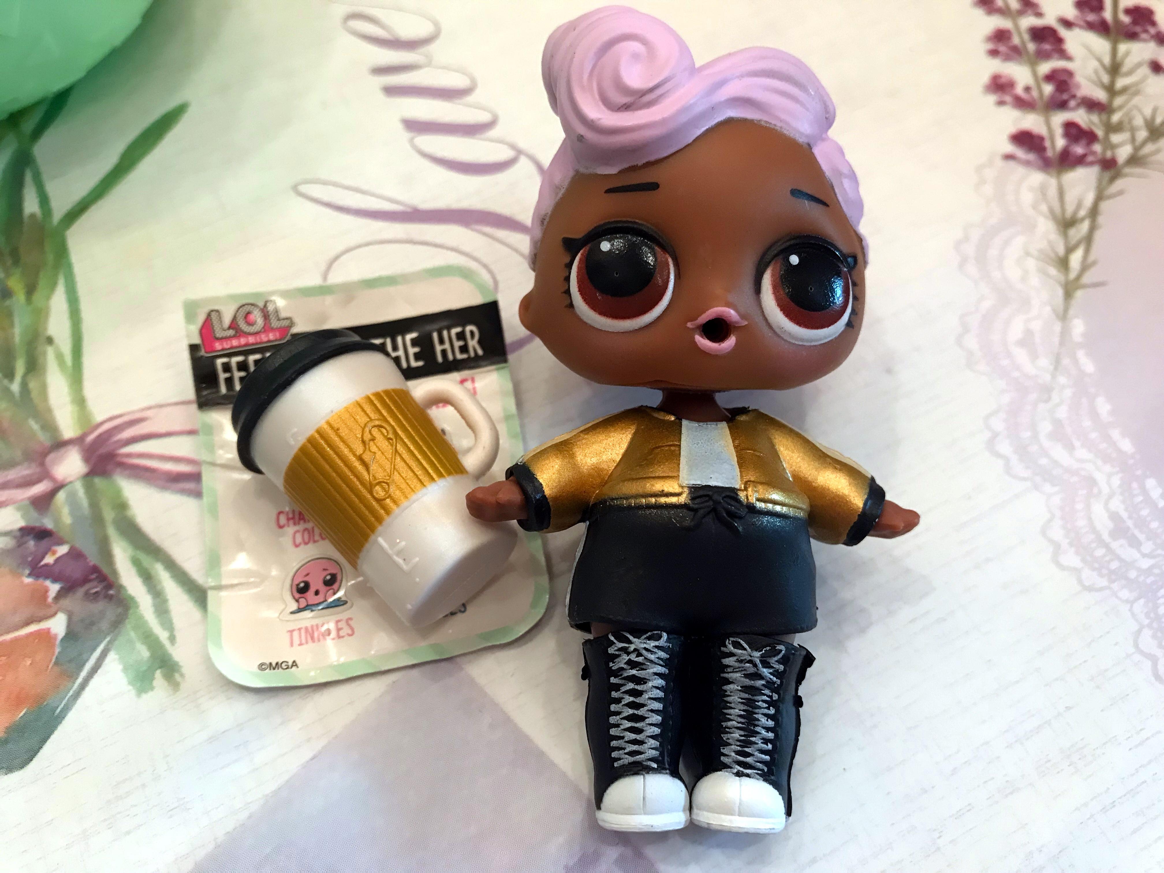 Кукла DJ из шарика L.O.L.