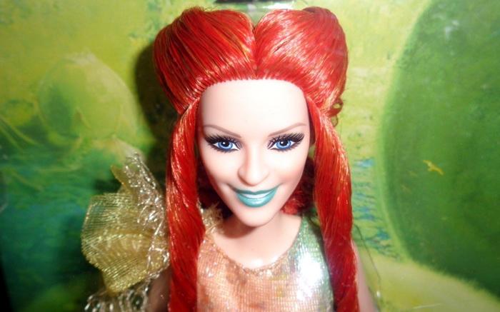 Кукла миссис Чтотут — Риз Уизерспун.