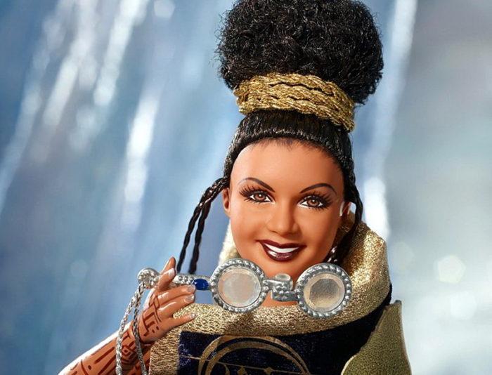 Кукла таинственная миссис Кто.