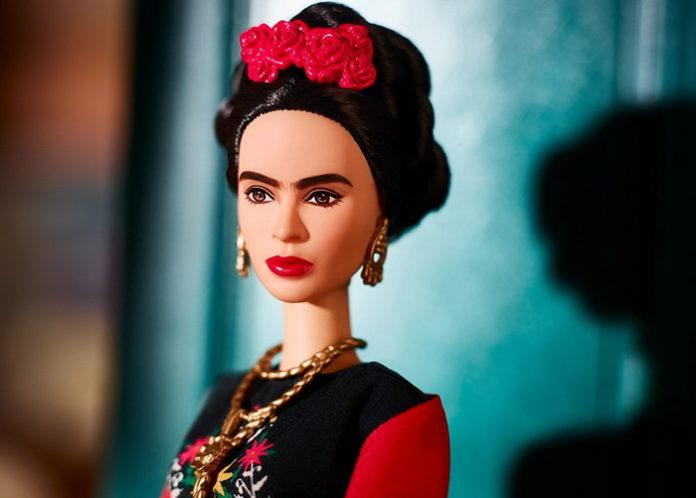 Серия кукол, созланная по образам известных женщин.