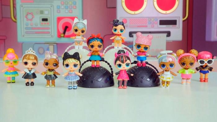 Гламурные блестящие куклы из шара-сюрприза ЛОЛ вторая серия.