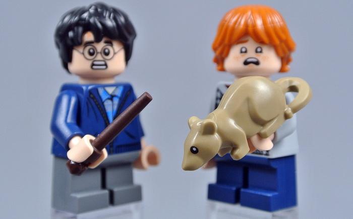 Минифигурки Гарри, Рона и крысы Коросты.