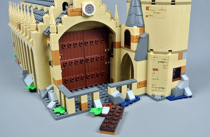 Причал у замка Хогвартс.