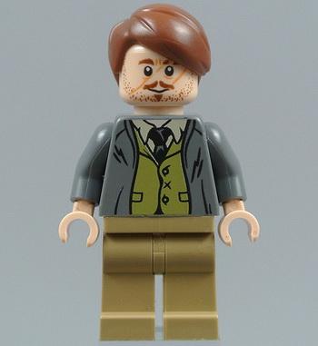 Профессор Рубеус Люпин из Лего.