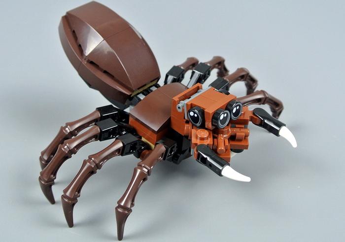 Злой паук Арагог в версии Лего.