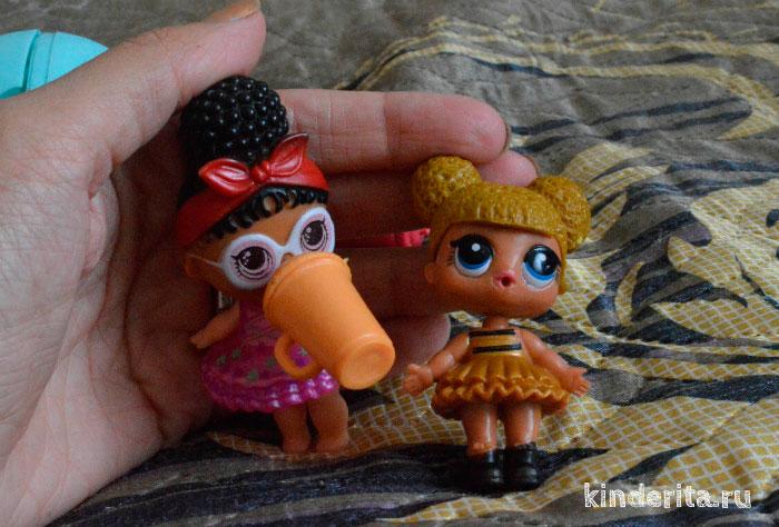 Маленькие куклы.