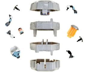 Отсеки в капсуле с роботом трансформером и его запчасти.