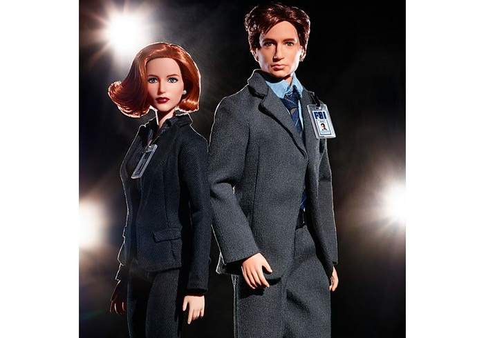 The X-Files Barbie Скалли и Малдер.