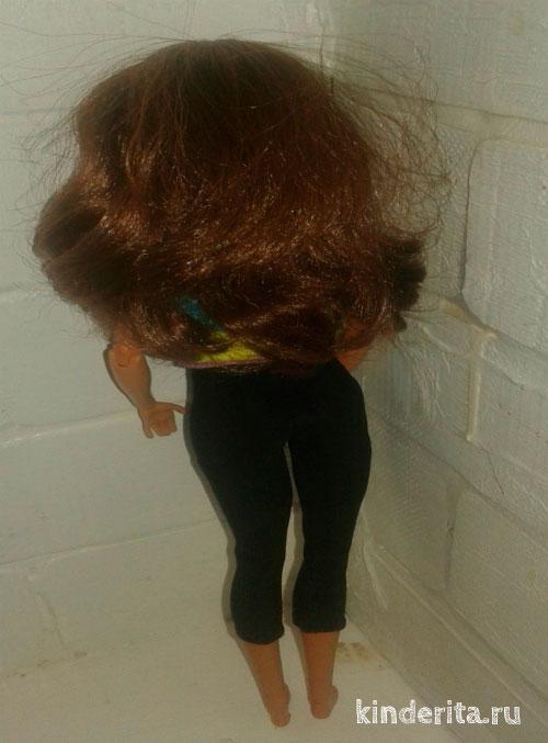 Кукла сзади.