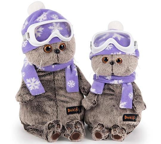 Котик Бас лыжник в очках и шарфике.