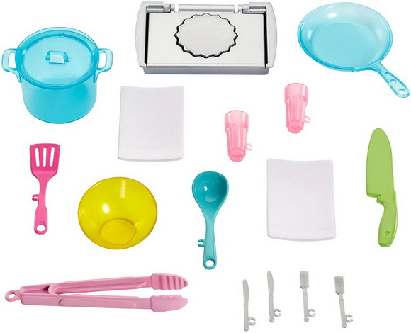 Набор посуды есть в комплекте.