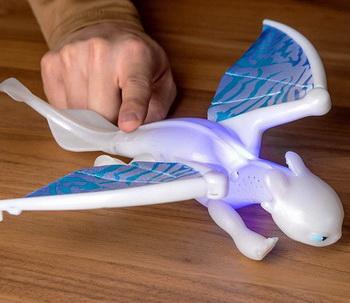 Dragons 66626 Большая фигурка дракона со звуковыми и световыми эффектами Фурия
