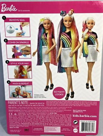 Волшебная радуга в волосах Барби.