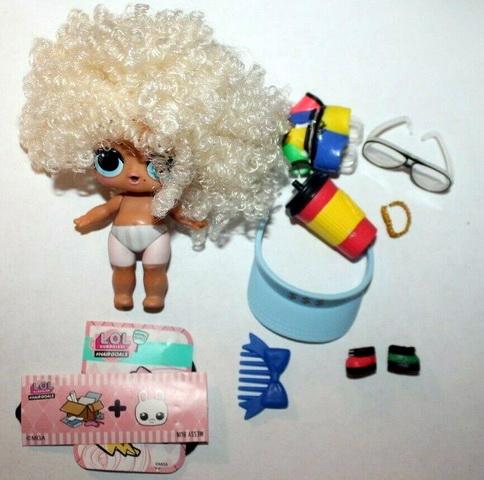 MC NYC кукла с кудряшками.