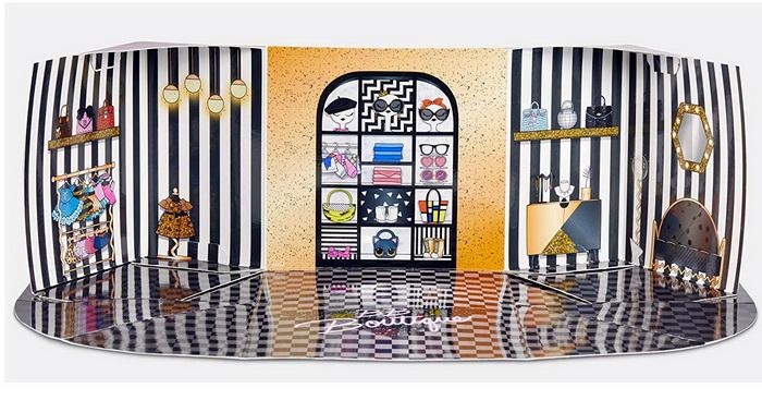 Наборы мебели для кукол ЛОЛ и глиттерная Квин Би.