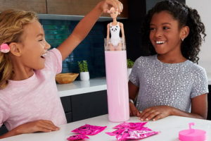 Barbie Color Reveal: семь сюрпризов от Барби
